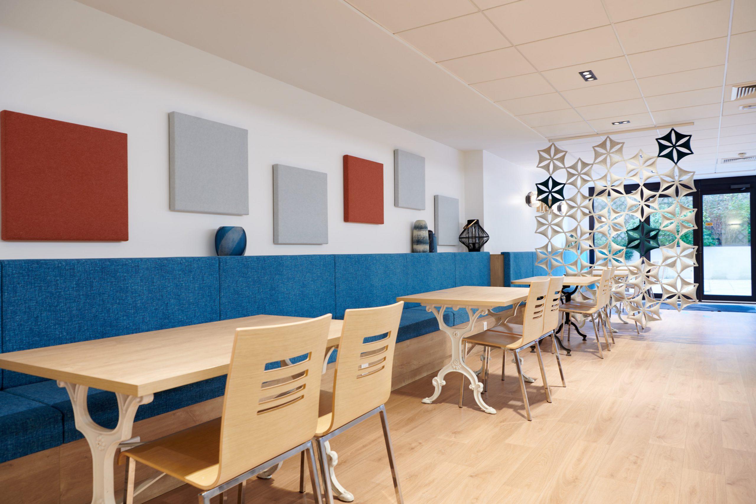 Sogasi-Banquette sur mesure-panneaux acoustiques-restaurant entreprise