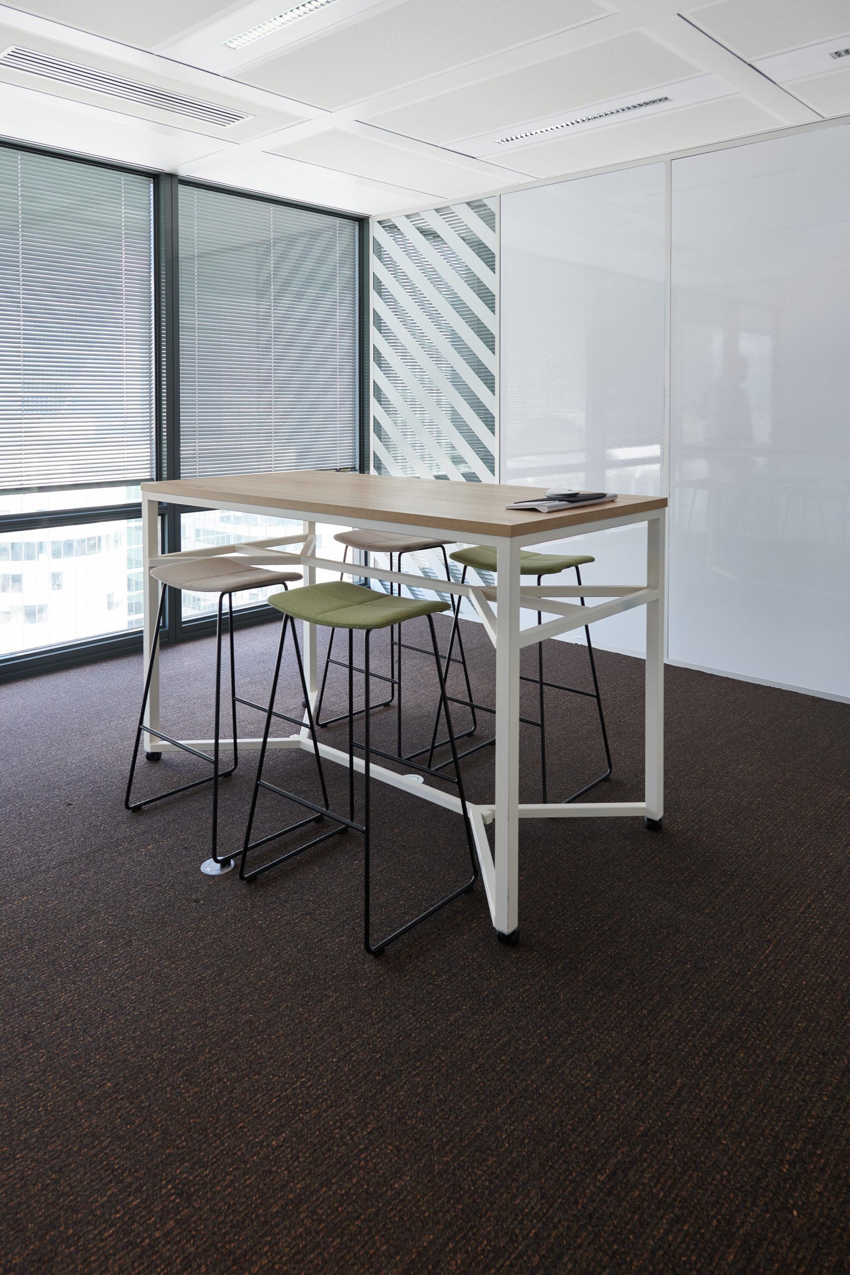 HDI-espace de travail-table haute tabouret haut